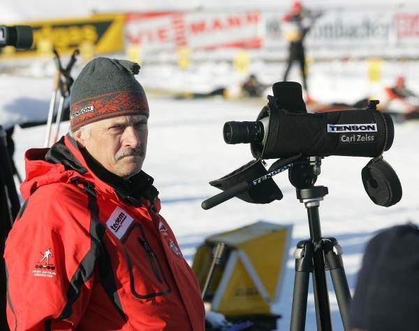 Trener Roman Bondaruk chce nadal pracować z Tomaszem Sikorą. Fot. Łukasz Grochala /Agencja Przegląd Sportowy