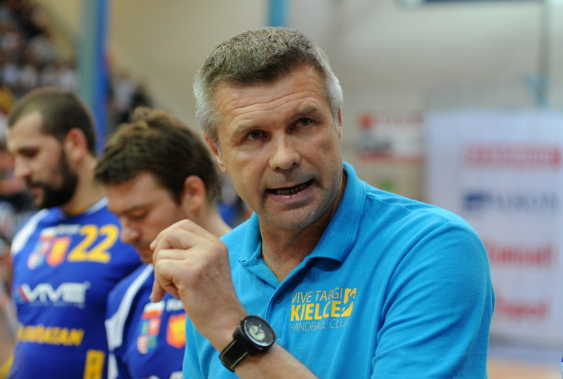 Trener Vive Targów Kielce Bogdan Wenta doskonale zna Barcelonę /Fot. Marcin Bielecki /PAP