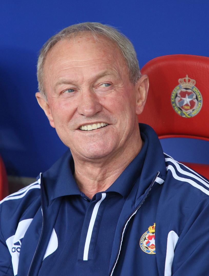 Trener Wisły Franciszek Smuda /Fot. Stanisław Rozpędzik /PAP