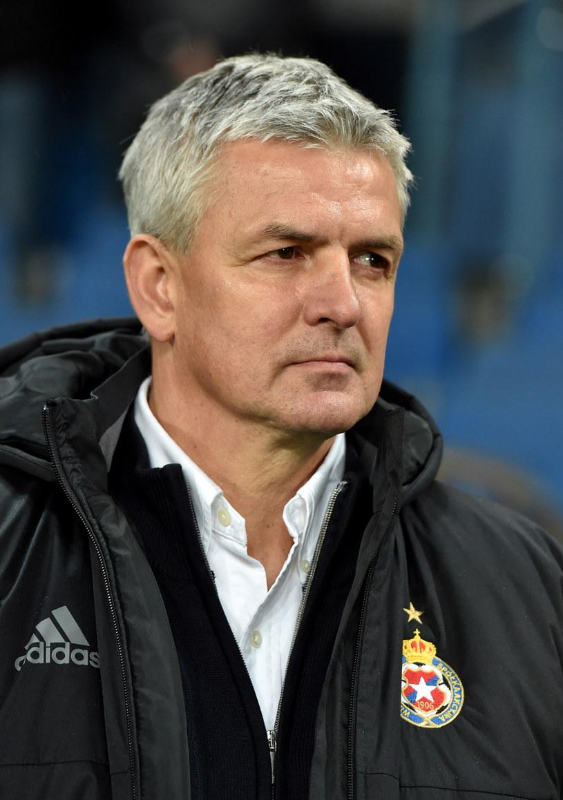 Trener Wisły Kraków Dariusz Wdowczyk /fot. Jacek Bednarczyk /PAP