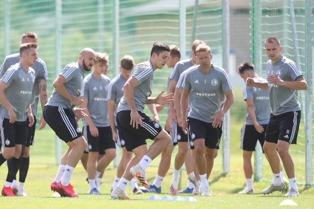 Trening piłkarzy Legii w nowym ośrodku treningowym klubu: Legia Training Center w Książenicach pod Warszawą / Leszek Szymański    /PAP