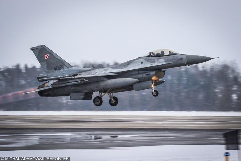 Trening polskich pilotów F-16 /Michał Adamowski /Reporter