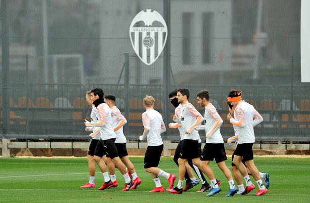 Trening Valencii przed meczem Ligi Mistrzów /MANUEL BRUQUE /PAP/EPA