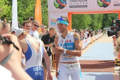 Triathloniści rywalizowali w Olsztynie. Wygrał Polak