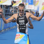Triathlonista Jan Frodeno ukończył dystans ironman w swoim domu