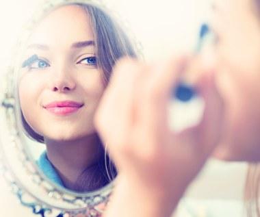 Triki makijażowe, które ułatwią ci życie