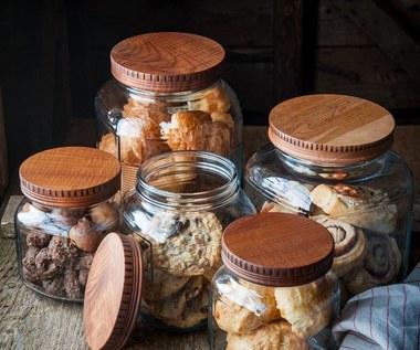 Triki pomagające przechowywać jedzenie