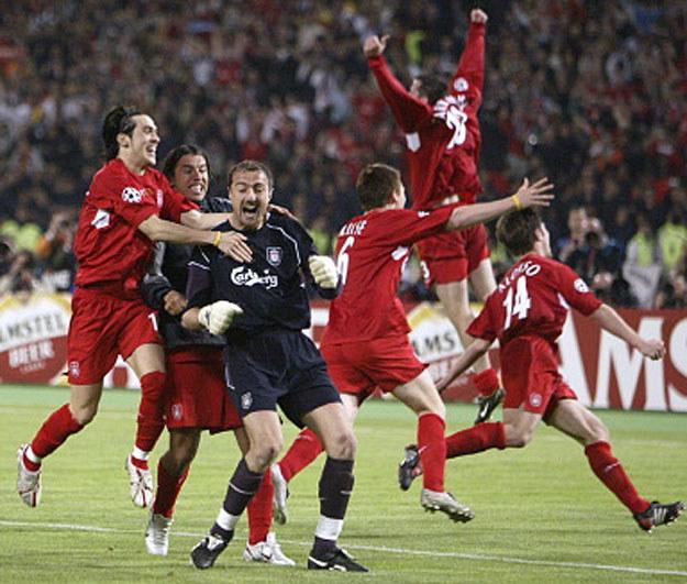 Triumf w Lidze Mistrzów - największy sukces w karierze Jerzego Dudka /AFP