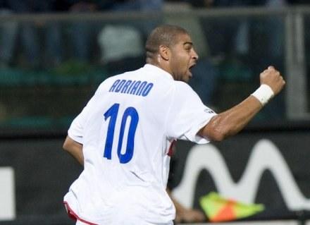 Triumfujący Adriano. Reggina-Inter 0:1 /AFP