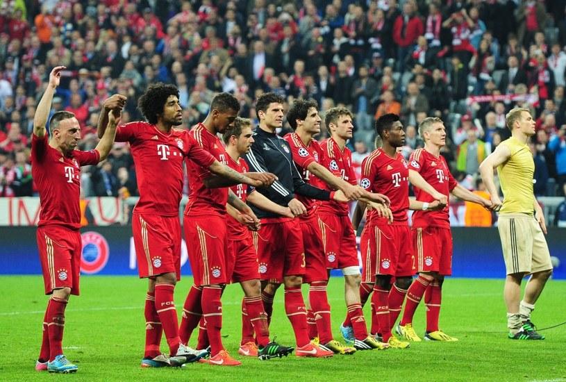 Triumfujący piłkarze Bayernu Monachium /PAP/EPA