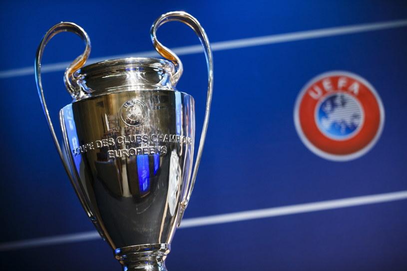 Trofeum dla zwycięzcy Ligi Mistrzów /PAP/EPA
