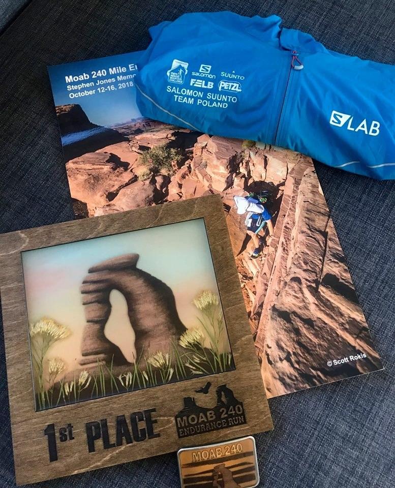 Trofeum za zwycięstwo w Moab 240 Endurance Run/Źródło: Facebook, archiwum prywatne biegacza /