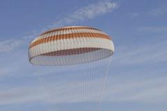 Trójka astronautów wróciła z ISS