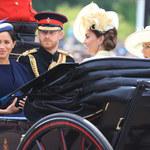 """""""Tropping The Colour"""", urodziny królowej: Meghan Markle skradła całe show! Był też przykry wypadek"""