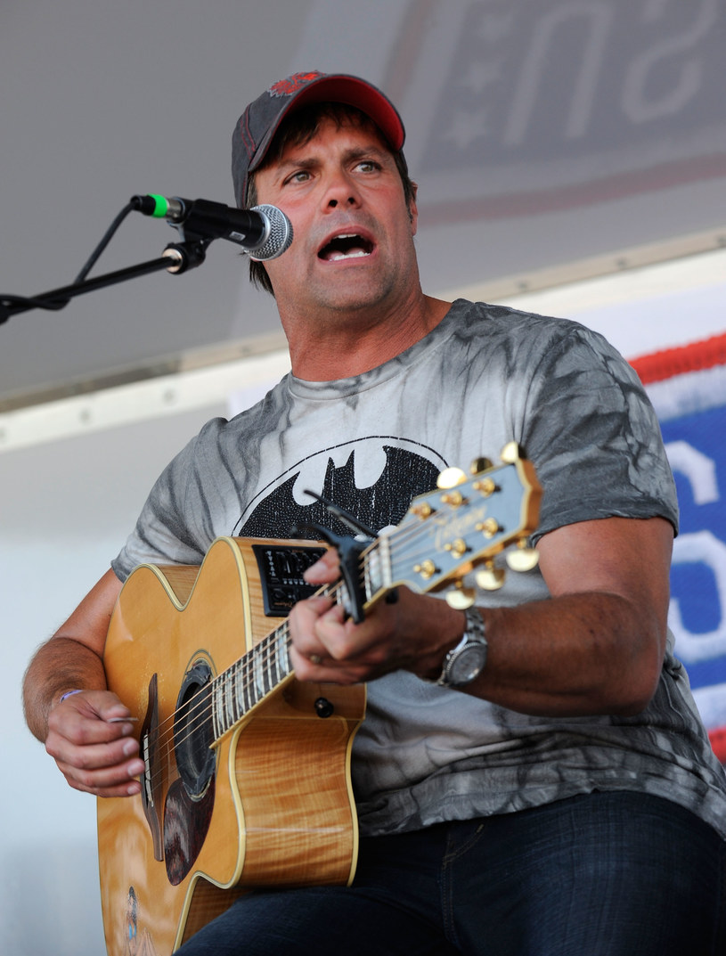 Troy Gentry /Ethan Miller /Getty Images