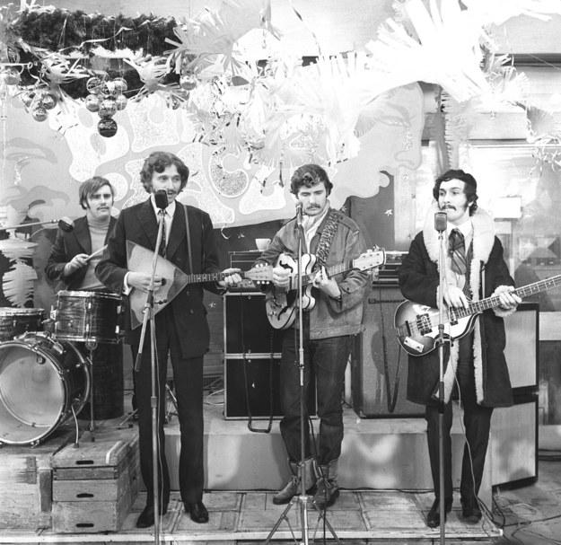 Trubadurzy na zdj. z 1969 roku - od lewej: Marian Lichtman, Ryszard Poznakowski, Krzysztof Krawczyk, Sławomir Kowalewski /CAF /PAP