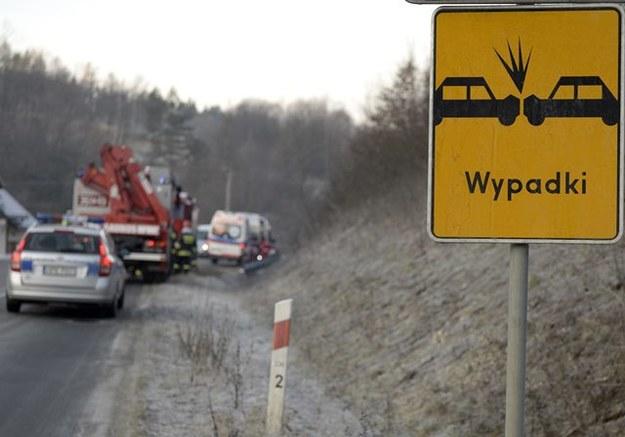 Trudne warunki na podhalańskich drogach /Darek Delmanowicz /PAP