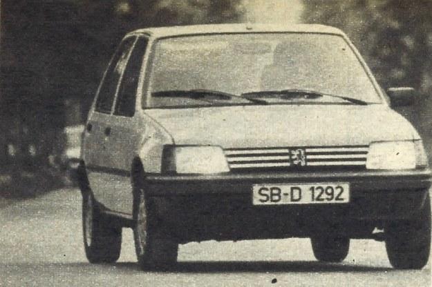 Trudno przypuszczać, że w komorze silnikowej tego samochodu o długości 3,7 m zainstalowano silnik wysokoprężny o pojemności prawie 1,8 dm3. /Motor