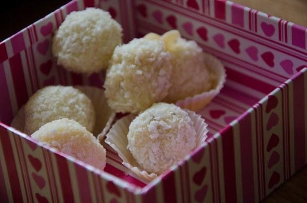 Trufle z wiórkami kokosa, fot. Malwina Zaborowska /RMF24
