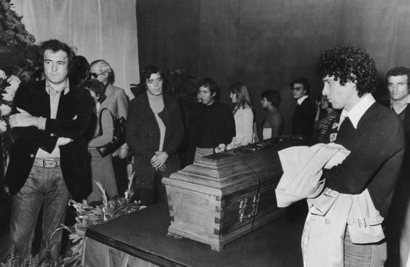 Trumna z ciałem Pier Paolo Pasoliniego, 5 listopada 1975 /Keystone/Hulton Archive /Getty Images