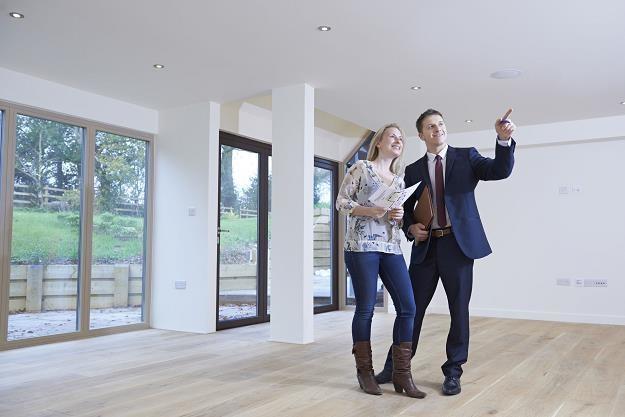 Trwa dobra passa na rynku nieruchomości - Polacy chętnie kupują nowe mieszkania /©123RF/PICSEL
