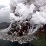 Trwa erupcja wulkanu Anak Krakatau. Władze zakazały lotów w jego rejonie