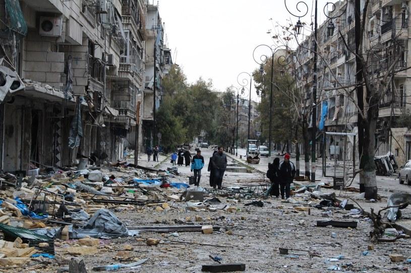 Trwa ewakuacja Aleppo /PAP/EPA