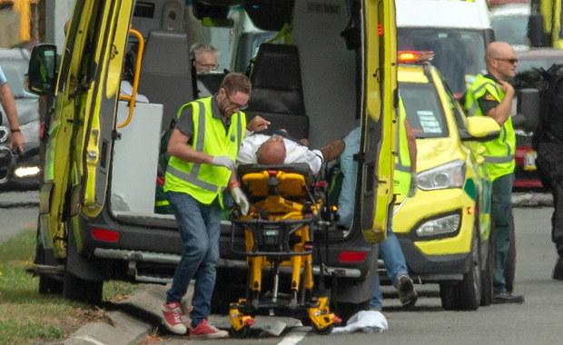 Trwa identyfikacja ciał ofiar strzelaniny w Christchurch. Jest wielu zaginionych