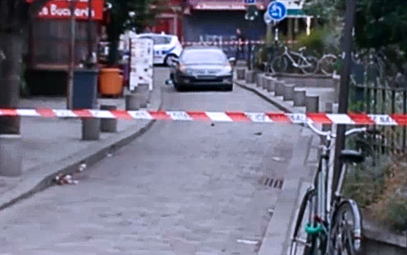 Trwa śledztwo ws. samochodu wyładowanego butlami z gazem /AFP