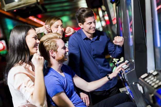 Trwa wojna branży hazardowej z państwowym monopolem /©123RF/PICSEL