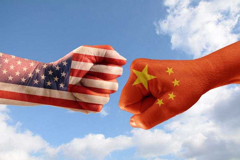 Trwa zażarta walka Amerykanów z Chińczykami /123RF/PICSEL
