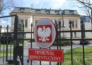 Trybunał Konstytucyjny umorzył sprawę dot. powołania 5 sędziów