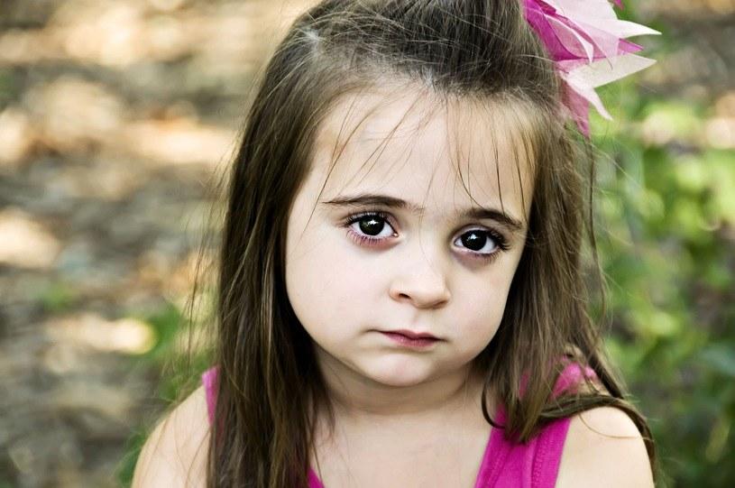 Trzeba dołożyć starań, by dziecko w edukacji domowej nie czuło się wyobcowane /123RF/PICSEL