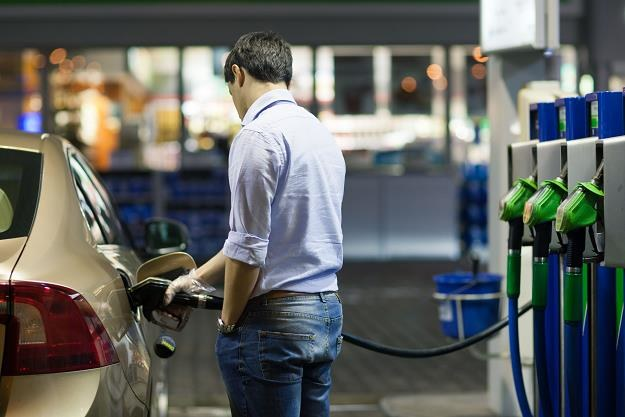 Trzeba się szykować na nowe rekordy cen paliw /©123RF/PICSEL