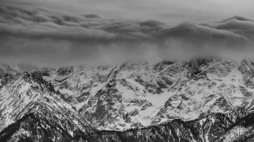 Trzeci stopień zagrożenia lawinowego w Tatrach /Michal Adamowski /Reporter