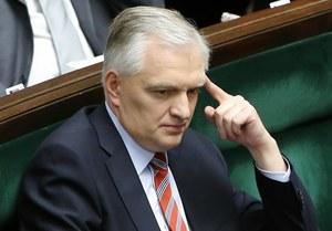 Trzej posłowie PO wstrzymali się od głosu ws. ustawy o finansach