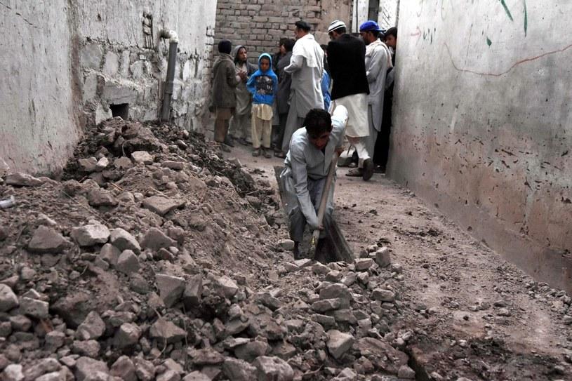 Trzęsienie ziemi w Afganistanie /GHULAMULLAH HABIBI /PAP/EPA