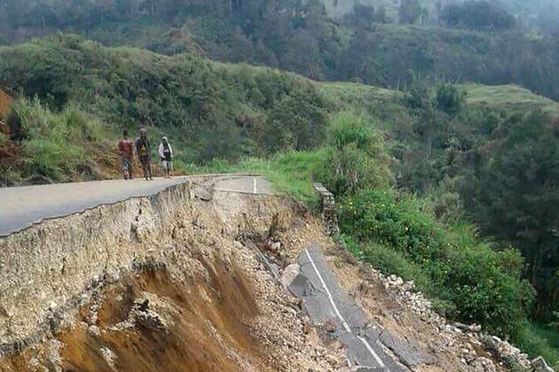 Trzęsienie ziemi w Papui-Nowej Gwinei /AFP