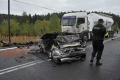 """Trzy osoby zginęły w wypadku na """"10"""""""