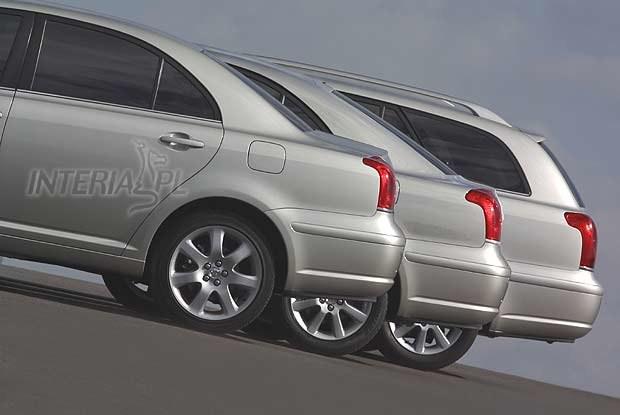 """Trzy """"tyły"""" Toyoty Avensis (kliknij) /INTERIA.PL"""