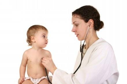 Trzydniówka  to choroba zakaźna wieku dziecięcego, przenoszona drogą kropelkową /© Panthermedia