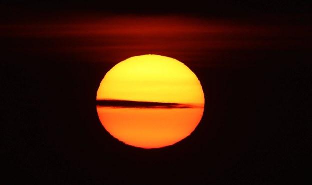 Trzynaście miast na całym świecie ma odnotować podwyższenie temperatury o ponad dwa stopnie w ciągu najbliższej dekady /Owen Humphreys /PAP/EPA