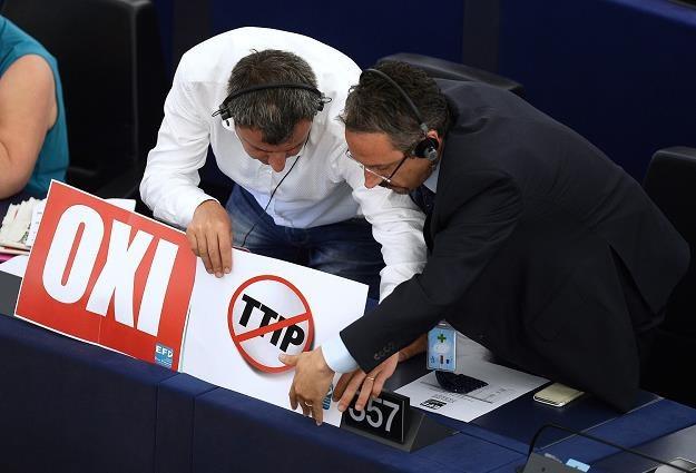TTIP ma na celu stymulację gospodarki po obu stronach Atlantyku /AFP