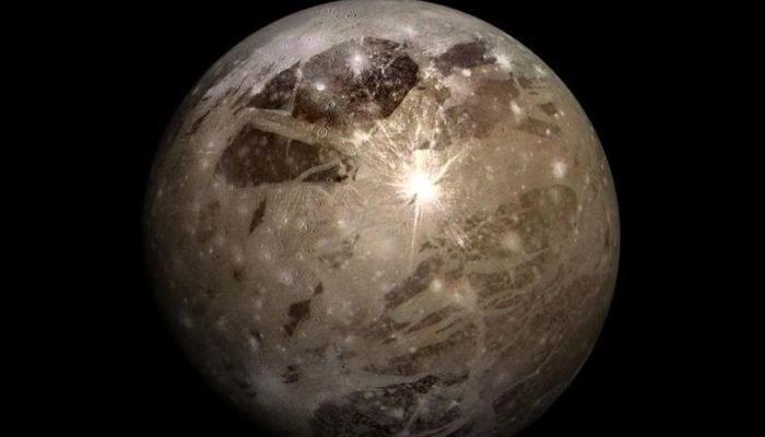 Tu kratery są dobrze widoczne /NASA