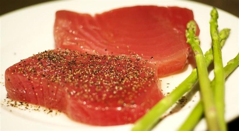 tuńczyk na przeziebienie /© Photogenica