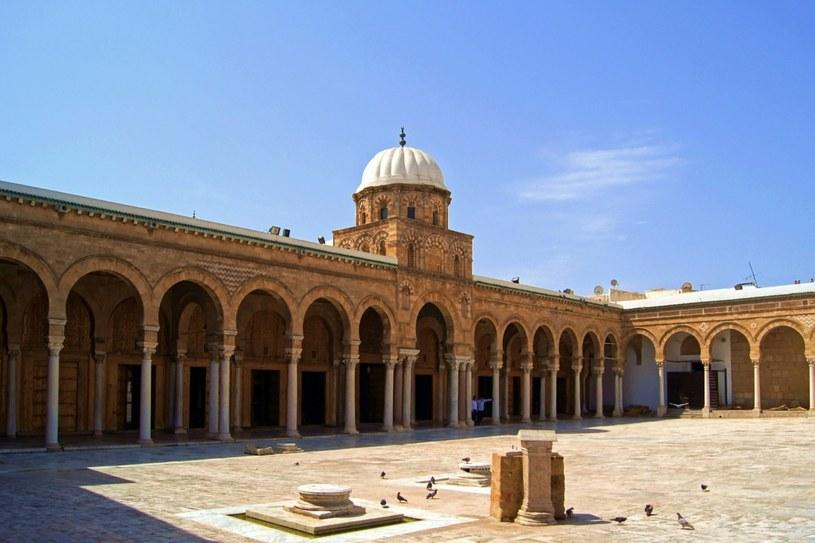 Tunezja - atrakcje turystyczne - 2 /© Photogenica