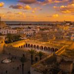 Tunezja: Wakacje 2021 a koronawirus. Jakie zasady obowiązują? [Aktualne informacje]