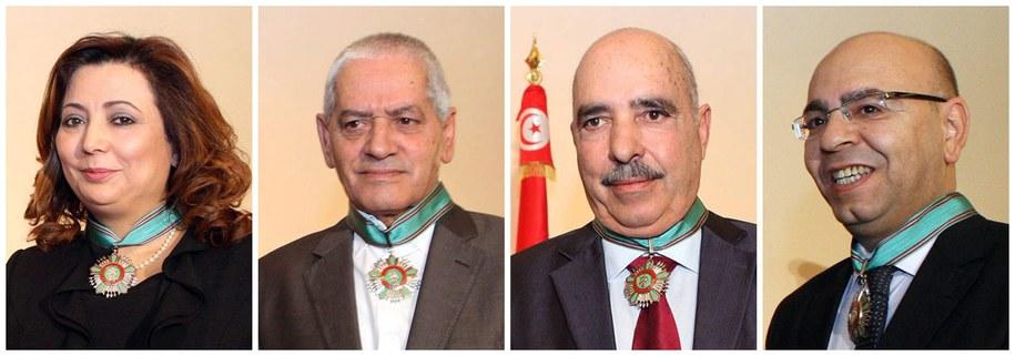 """Tunezyjski Kwartet na rzecz Dialogu Narodowego został laureatem tegorocznej Pokojowej Nagrody Nobla za """"wkład w budowanie pluralistycznej demokracji w Tunezji po jaśminowej rewolucji z 2011 r."""" /HO /PAP/EPA"""