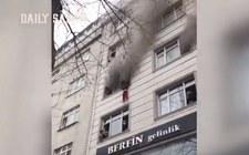 Turcja. Matka wyrzuciła z okna czworo dzieci. Chciała je uratować przed pożarem