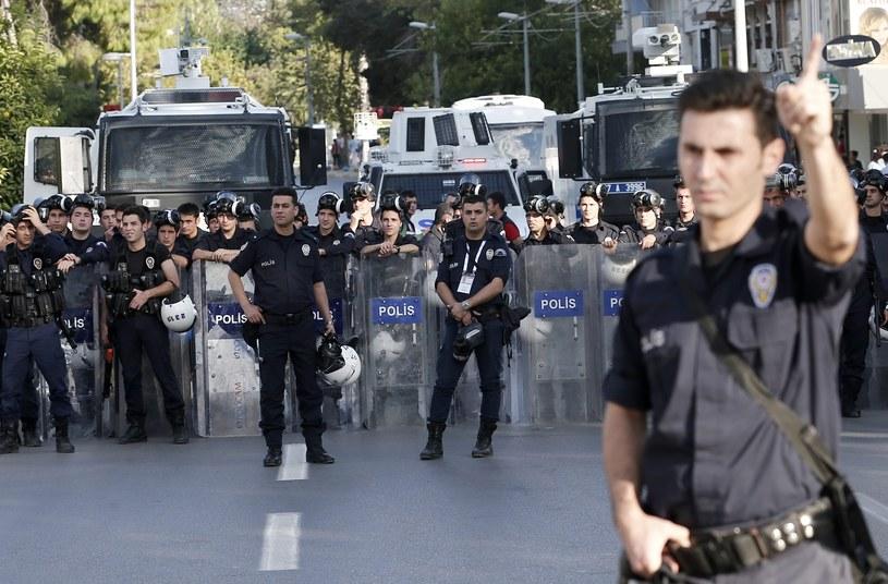 Turecka policja, zdj. ilustracyjne /PAP/EPA